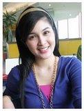 Pesona Blackberry bagi Sandra Dewi