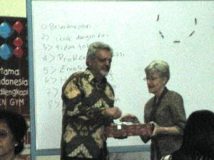 Paul E. Dennison, Ph.D. dan Elisabeth Demuth, Brain Gym Teacher/Consultant