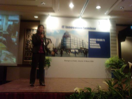 Bunga Sugiarto, ECM Technical Sales